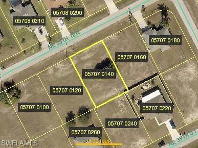 1130 NE 39th Terrace, Cape Coral, FL 33909 (#220040463) :: The Dellatorè Real Estate Group
