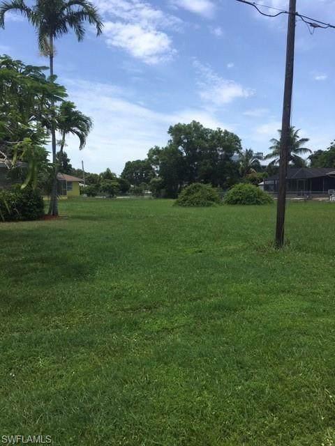 5740 Genesee Parkway, Bokeelia, FL 33922 (MLS #220041046) :: Clausen Properties, Inc.