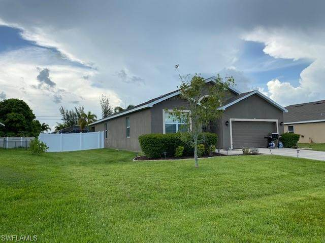 1301 SW 29th Street, Cape Coral, FL 33914 (MLS #220041969) :: RE/MAX Realty Group