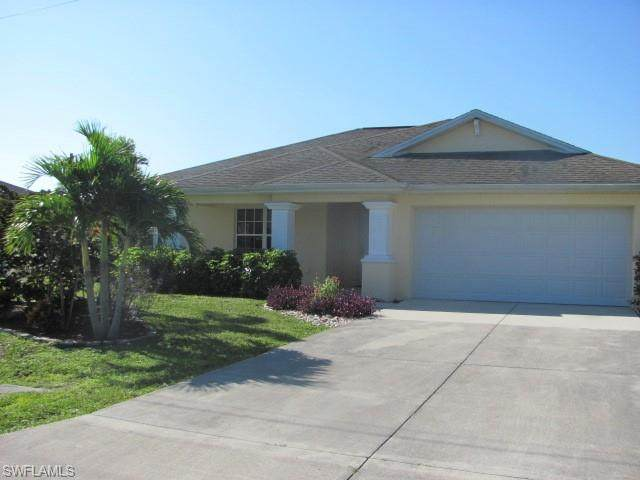 206 Mossrosse Street, Fort Myers, FL 33913 (MLS #220042408) :: RE/MAX Realty Group