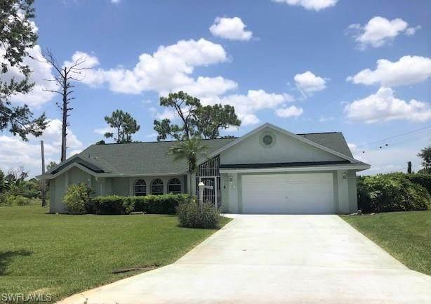 561 Foxcreek Drive, Lehigh Acres, FL 33974 (MLS #220042528) :: Palm Paradise Real Estate