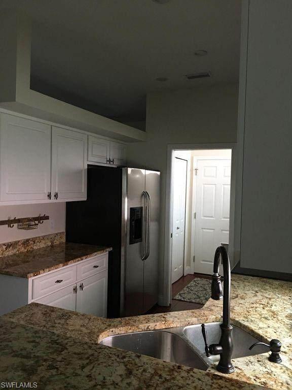 10733 Maui Circle, Estero, FL 33928 (#220042640) :: The Dellatorè Real Estate Group