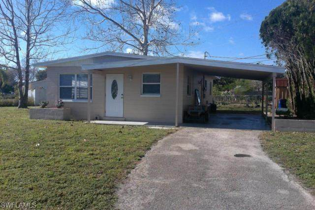 10 Jasmine Road W, Lehigh Acres, FL 33936 (MLS #220042707) :: Palm Paradise Real Estate