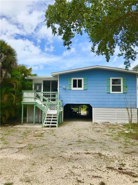 5780 Lauder Street, Fort Myers Beach, FL 33931 (MLS #220045818) :: Team Swanbeck