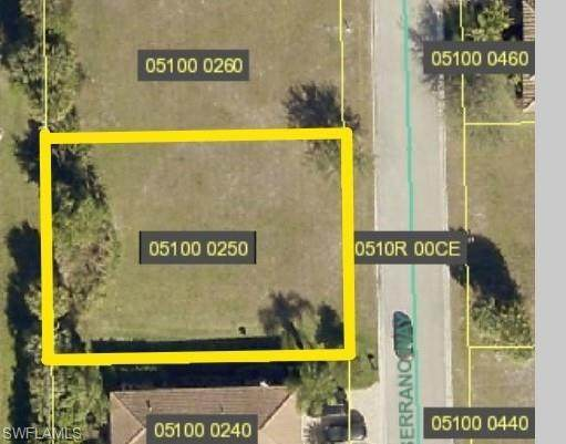 27141 Serrano Way, Bonita Springs, FL 34135 (MLS #220047712) :: Clausen Properties, Inc.