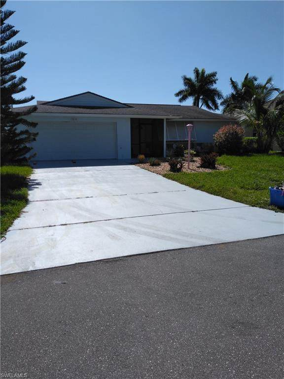 3319 SE 17th Place, Cape Coral, FL 33904 (MLS #220047802) :: RE/MAX Realty Group