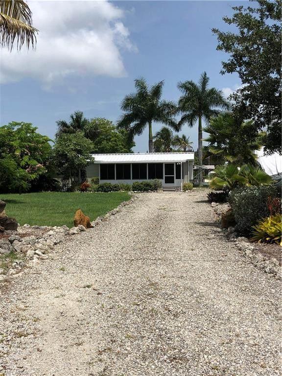 4836 Sandpiper Drive, St. James City, FL 33956 (MLS #220047937) :: NextHome Advisors