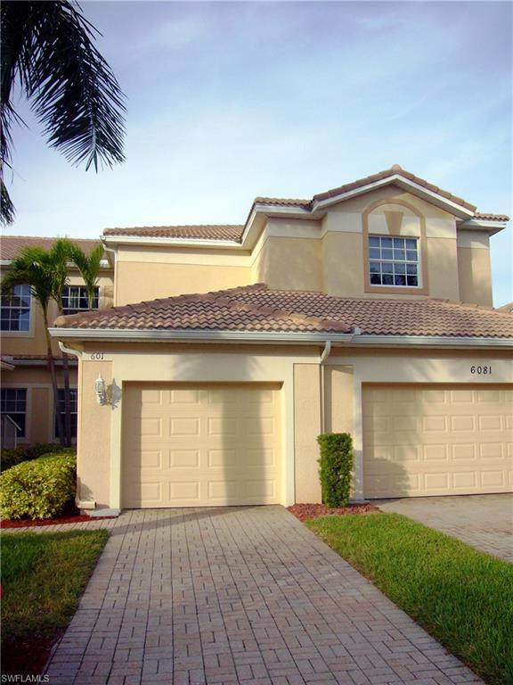 6081 Jonathans Bay Circle #601, Fort Myers, FL 33908 (#220048121) :: The Dellatorè Real Estate Group