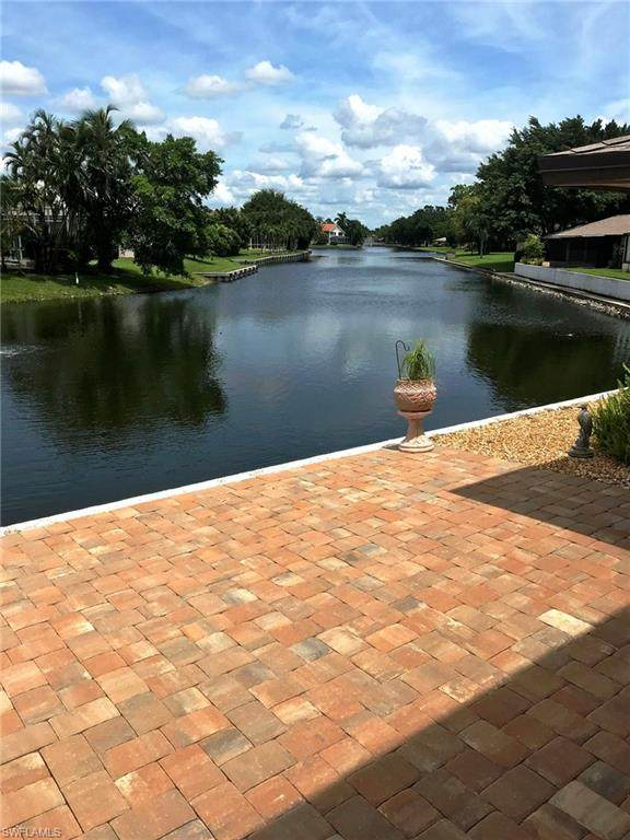 4291 Island Circle #2, Fort Myers, FL 33919 (MLS #220048192) :: The Naples Beach And Homes Team/MVP Realty