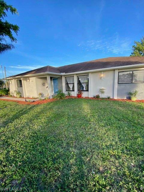 Cape Coral, FL 33914 :: The Dellatorè Real Estate Group