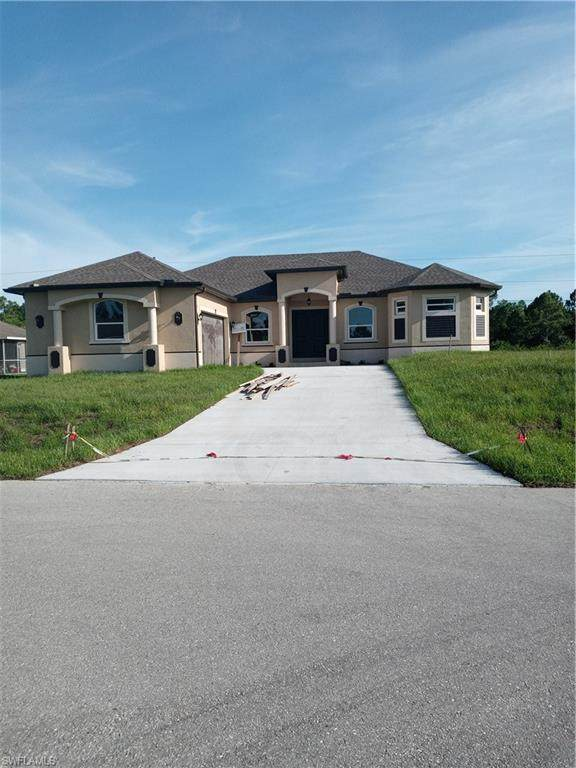 3803 21st Street W, Lehigh Acres, FL 33971 (MLS #220049394) :: NextHome Advisors