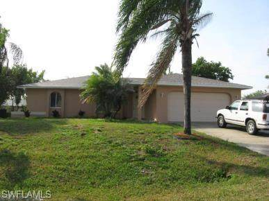 438 SW 19th Street, Cape Coral, FL 33991 (MLS #220049663) :: Uptown Property Services