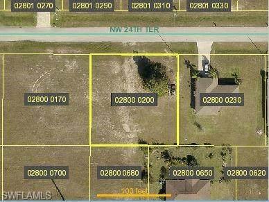 426 NW 24th Terrace, Cape Coral, FL 33993 (MLS #220049791) :: Team Swanbeck