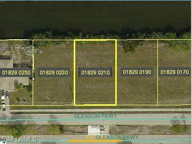 621 Gleason Parkway, Cape Coral, FL 33914 (MLS #220049797) :: Team Swanbeck