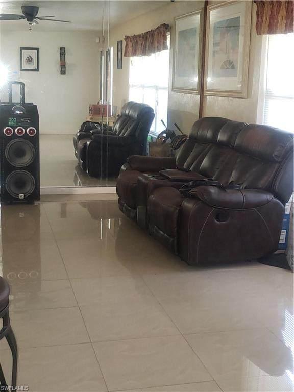 904 Sunniland Boulevard, Lehigh Acres, FL 33971 (MLS #220049933) :: NextHome Advisors