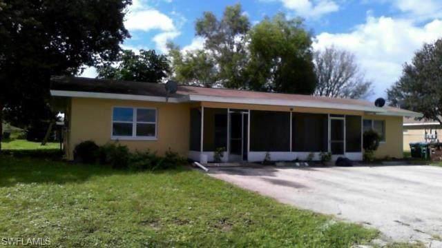 704 SE 46th Terrace 1-4, Cape Coral, FL 33904 (MLS #220050089) :: NextHome Advisors
