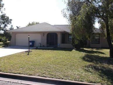 116 Jayside Lane, Lehigh Acres, FL 33936 (MLS #220057945) :: Florida Homestar Team