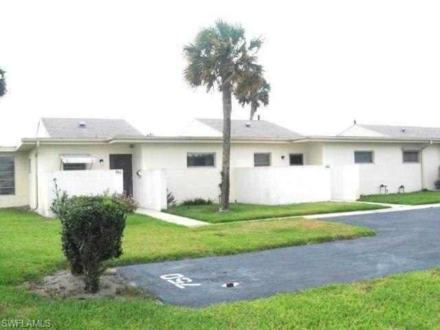 748 Joel Boulevard, Lehigh Acres, FL 33936 (#220059514) :: Jason Schiering, PA