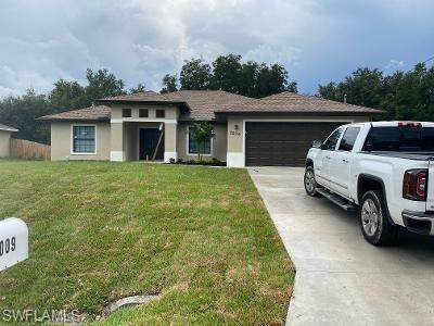 3908 22nd Street SW, Lehigh Acres, FL 33976 (MLS #220060851) :: RE/MAX Realty Group
