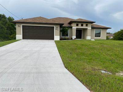 3808 2nd Street SW, Lehigh Acres, FL 33976 (MLS #220060868) :: RE/MAX Realty Group