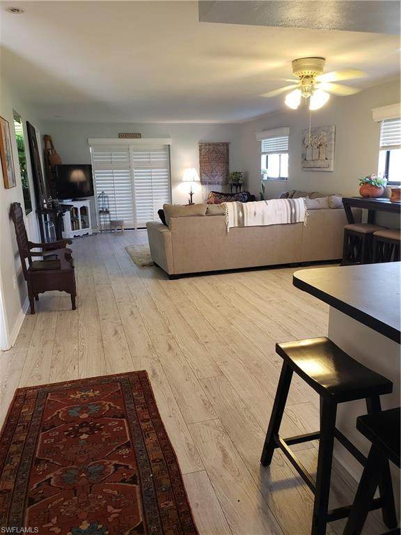 3917 Country Club Boulevard #104, Cape Coral, FL 33904 (#220061627) :: Caine Premier Properties