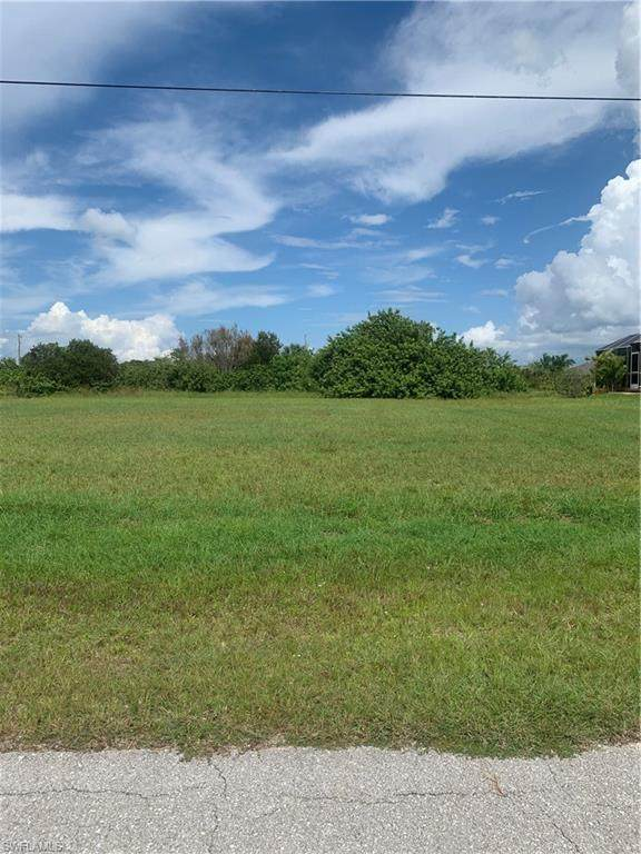 1303 NW 11th Street, Cape Coral, FL 33993 (MLS #220061865) :: RE/MAX Realty Team