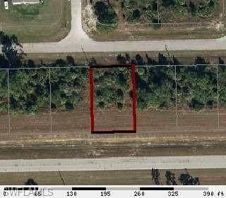 5009 W Hummingbird Drive, Labelle, FL 33935 (MLS #220063535) :: Eric Grainger | Engel & Volkers