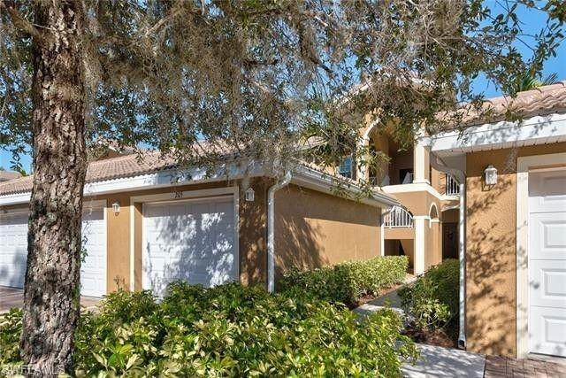 1064 Winding Pines Circle #205, Cape Coral, FL 33909 (#220064012) :: The Michelle Thomas Team