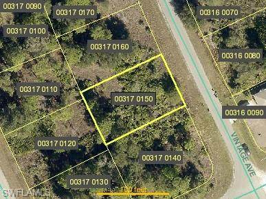 1847 Vintage Avenue, Lehigh Acres, FL 33972 (#220064867) :: The Dellatorè Real Estate Group