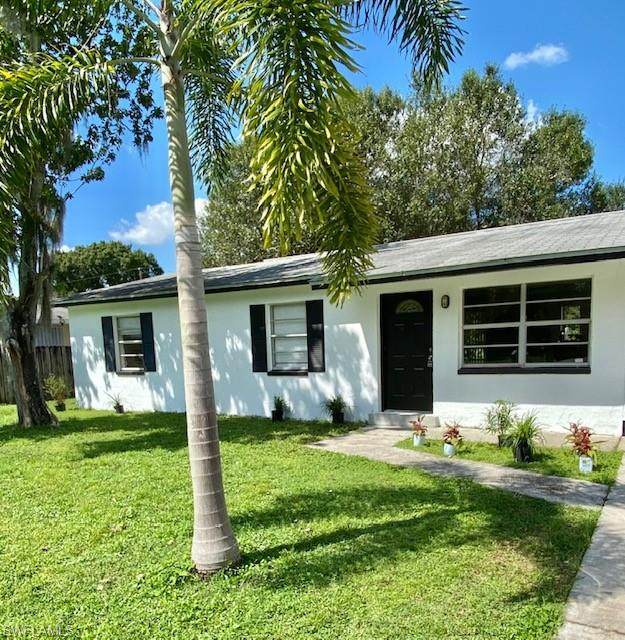 13020 5th Street, Fort Myers, FL 33905 (MLS #220065709) :: Kris Asquith's Diamond Coastal Group