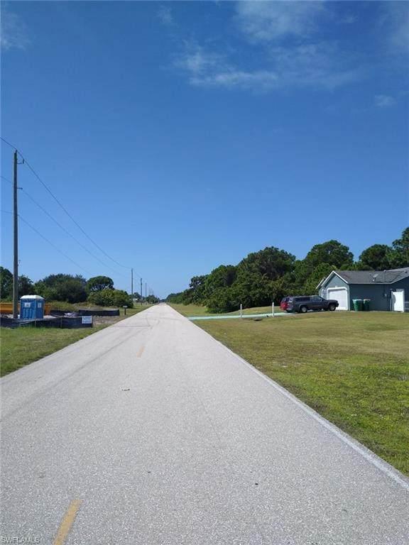 12824 Foresman Boulevard, Port Charlotte, FL 33981 (#220066750) :: Southwest Florida R.E. Group Inc