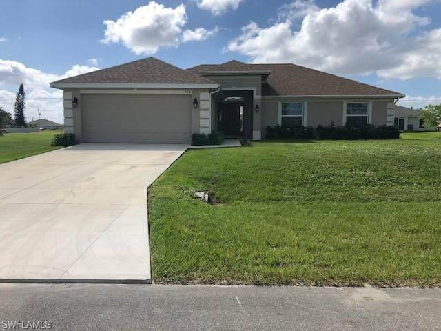 920 NE 11th Street, Cape Coral, FL 33909 (#220067101) :: The Dellatorè Real Estate Group