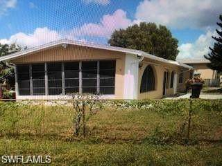 2945 Market Street, Fort Myers, FL 33916 (MLS #220068533) :: RE/MAX Realty Team