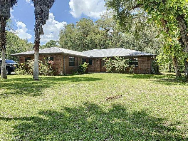 780 Oklahoma Avenue, Labelle, FL 33935 (MLS #220068903) :: Medway Realty