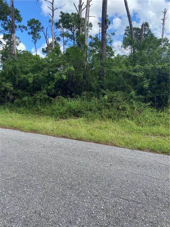 609 Wabasso Avenue S, Lehigh Acres, FL 33974 (MLS #220069244) :: Avantgarde