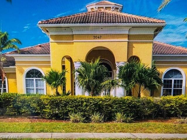 7005 Romana Way #1701, Naples, FL 34119 (MLS #220076445) :: Clausen Properties, Inc.