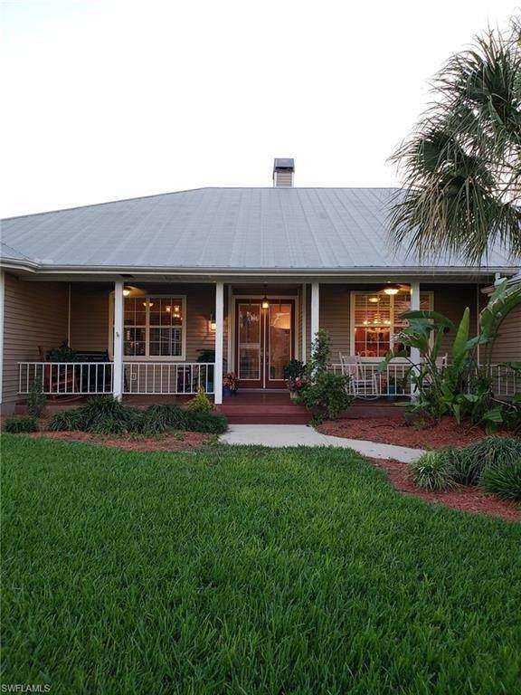 18171 Riverchase Court, Alva, FL 33920 (MLS #220078203) :: Dalton Wade Real Estate Group