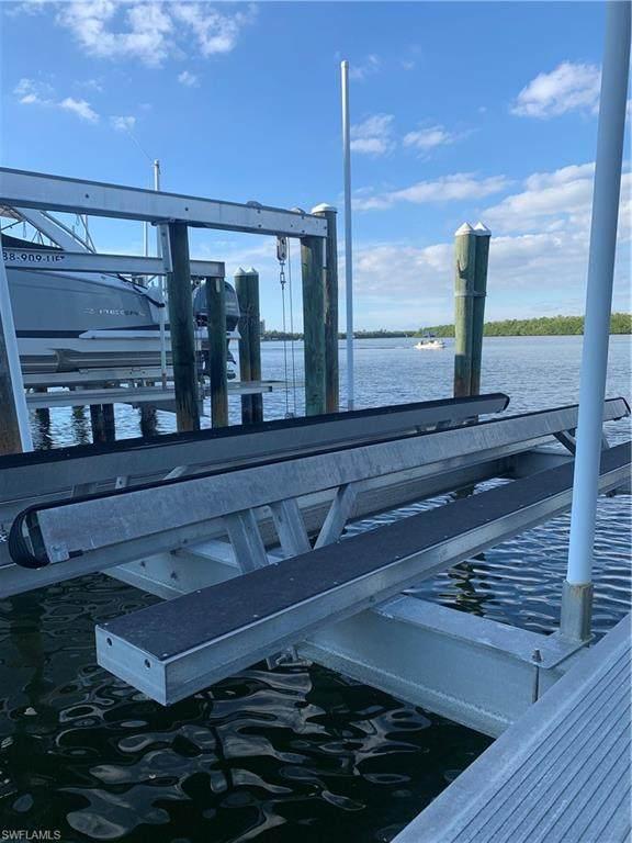 4187 Bay Beach Lane, Fort Myers Beach, FL 33931 (#220079562) :: Caine Luxury Team
