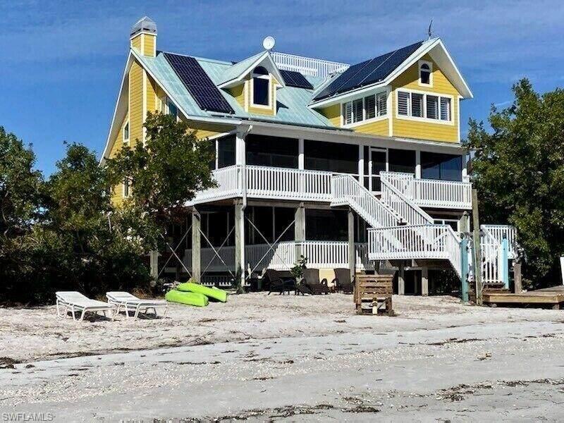 11140 Pejuan Shores - Photo 1