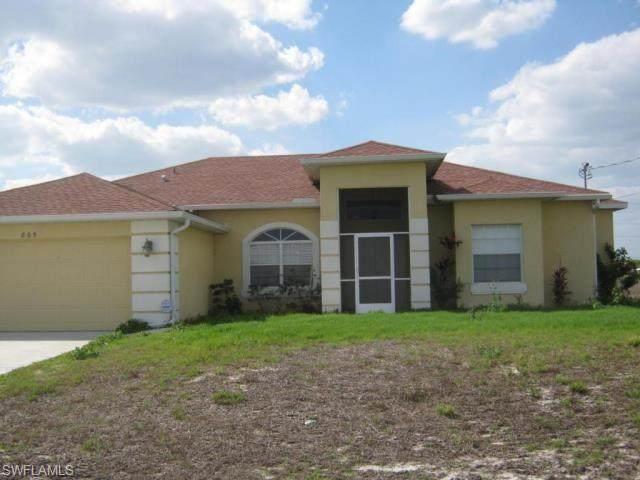 805 Eric Avenue N, Lehigh Acres, FL 33971 (MLS #221002177) :: Team Swanbeck