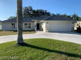 1727 NW 11th Street, Cape Coral, FL 33993 (MLS #221002750) :: Eric Grainger   Engel & Volkers