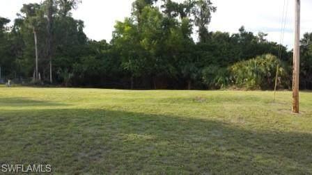 7640 Morgan Jones Drive, North Fort Myers, FL 33917 (#221003110) :: We Talk SWFL