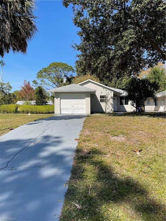 10141 Georgia Street, Bonita Springs, FL 34135 (MLS #221005180) :: Premier Home Experts