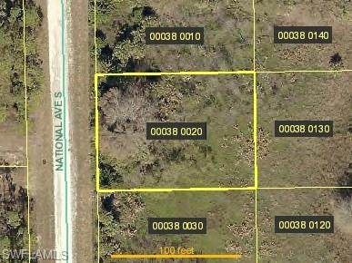 930 Sterling Street E, Lehigh Acres, FL 33974 (MLS #221005433) :: Clausen Properties, Inc.