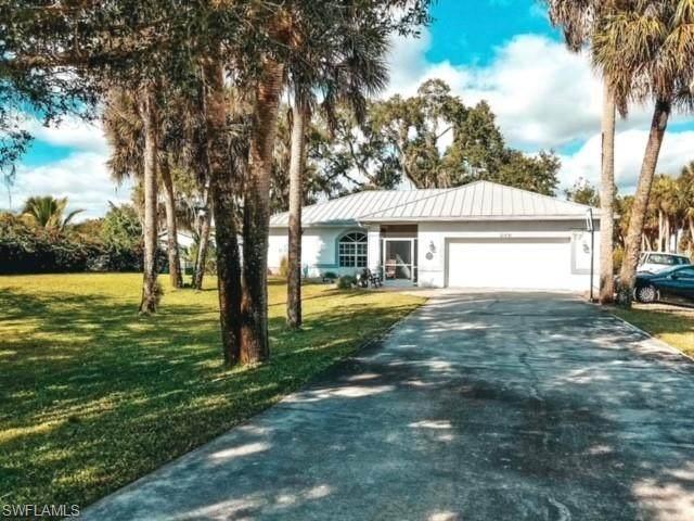 21891 Pearl Street, Alva, FL 33920 (MLS #221006038) :: Dalton Wade Real Estate Group