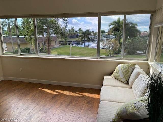 4309 Mariner Way #207, Fort Myers, FL 33919 (MLS #221006118) :: BonitaFLProperties