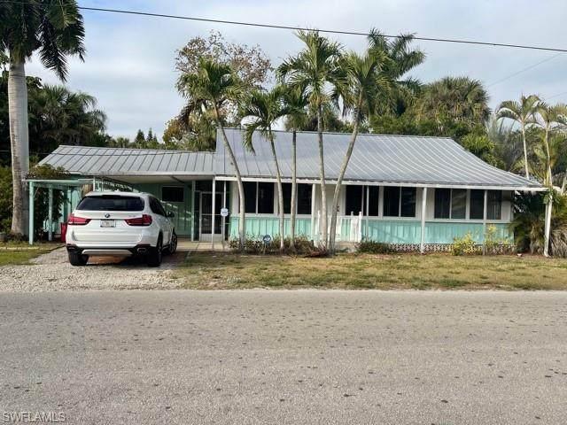 10699 Wilson Street, Bonita Springs, FL 34135 (MLS #221012453) :: Domain Realty