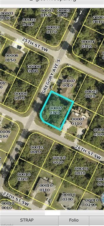 4660 26th Street SW, Lehigh Acres, FL 33973 (MLS #221014211) :: Avantgarde