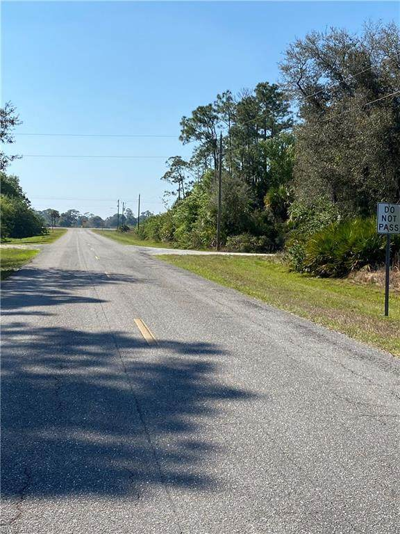 133 Hunting Club Avenue, Clewiston, FL 33440 (#221015078) :: The Michelle Thomas Team