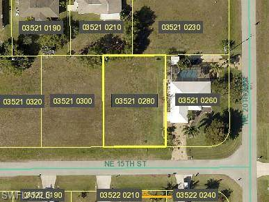 2009 NE 15th Street, Cape Coral, FL 33909 (#221015323) :: The Michelle Thomas Team